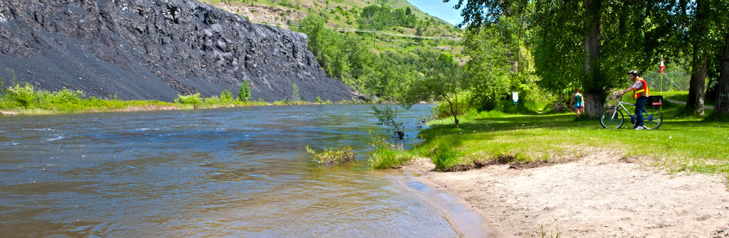 Kettle River Beach Grand Forks
